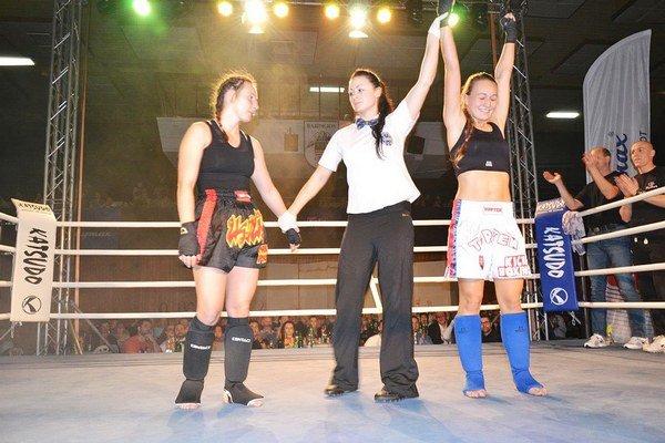 Alexandra Nižníková. Predstavila sa na bardejovskom večeri kickboxu.