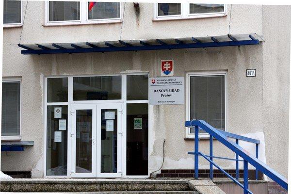 Bardejovský daňový úrad. Vybral od desiatich firiem viac ako 2–milióny eur.