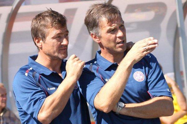 Tréneri U19. Jozef Danko a Ľubomír Čekan.