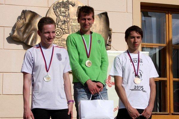 Hlavný beh vyhral Tomáš Šitara. 2. Martin Gaňo (24:47), 1. Tomáš Šitara (24:05)  3. Adam Saxun (27:23).
