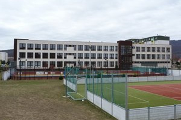 Novozriadené Centrum voľného času vo Svidníku bude sídliť v priestoroch Základnej školy na Karpatskej ulici.