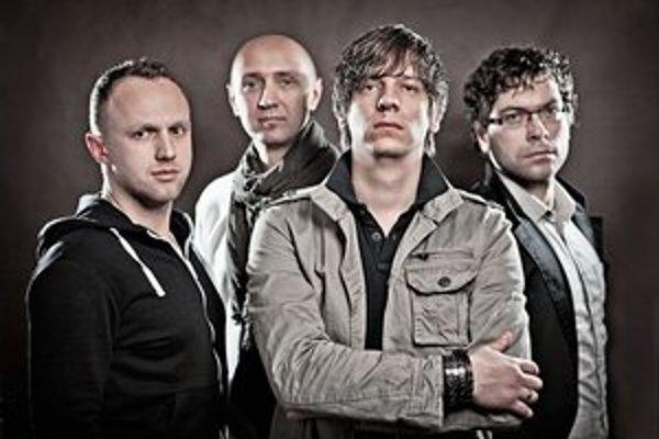 Yellowe. Po štyroch rokoch od svojho vzniku vydáva bardejovská skupina svoj prvý album.