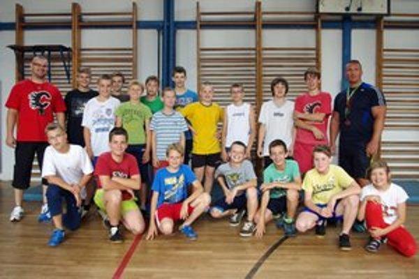 Mladí hokejisti po letnej príprave absolvovali výstupné kondičné testy.