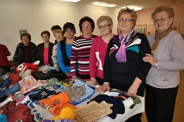 Členky OZ Ženy a tradície. Zónu bez peňazí zorganizovali už tretíkrát.