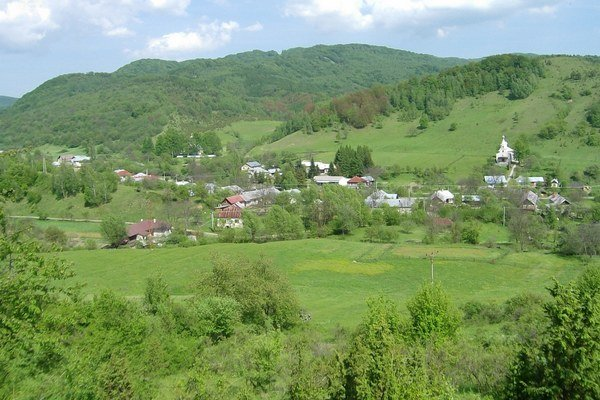 Obec Osadné.