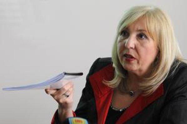 Mária Machová je vo funkcii šéfky Finančného riaditeľstva od pondelka. Vymenoval ju minister financií Ivan Mikloš po tom, ako odvolal jej predchodcu Igora Krnáča.