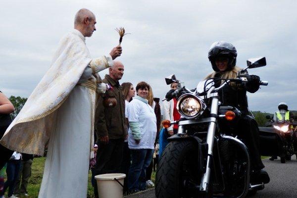 Posvätenie motoriek na Monastyre