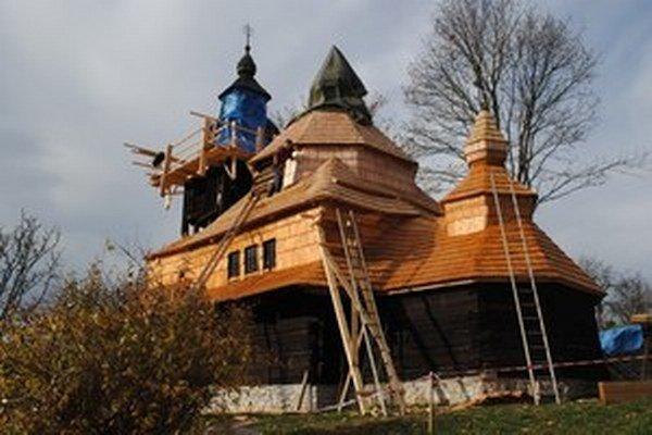 Chrám sv. Michala archanjela má 250 rokov. V roku 2013 na ňom vymenili strechu.