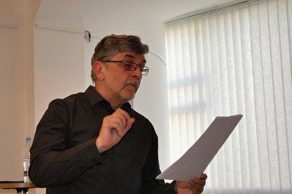 Július Gajdoš.