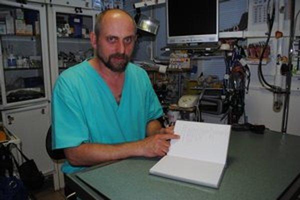 Miroslav Kakuta. Údaje o začipovaní treba vniesť do elektronického centrálneho registra.