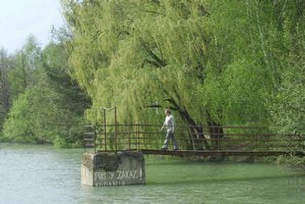Malebná príroda v rekreačnej oblasti Rybníky.