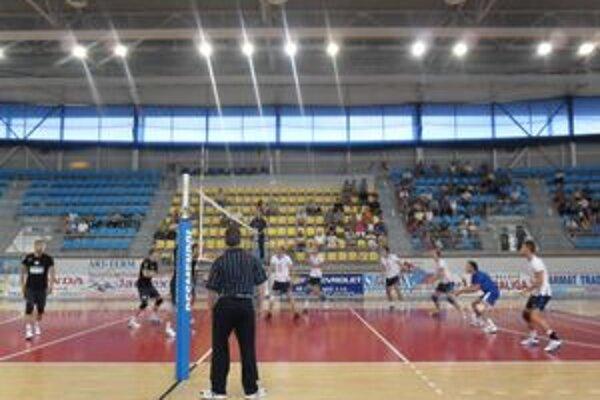 Príprava sa skončila turnajom Humenné (biele dresy) - Svidník.