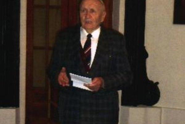 Michal Franko. Medailu získal za dlhoročný výskum sotáckeho nárečia.