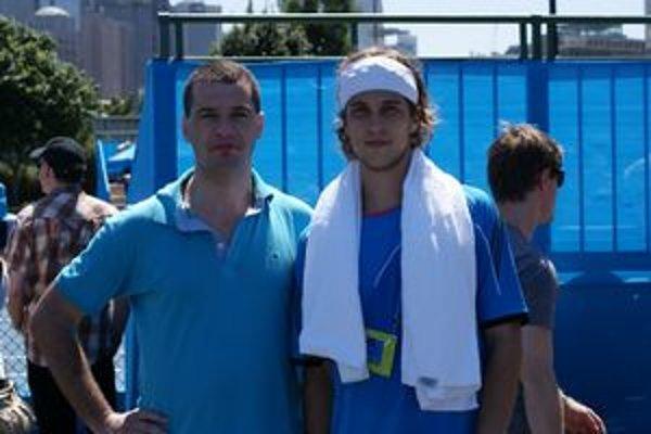 Snímka na pamiatku. Štefan Vasilenko (vľavo) a Lukáš Lacko.