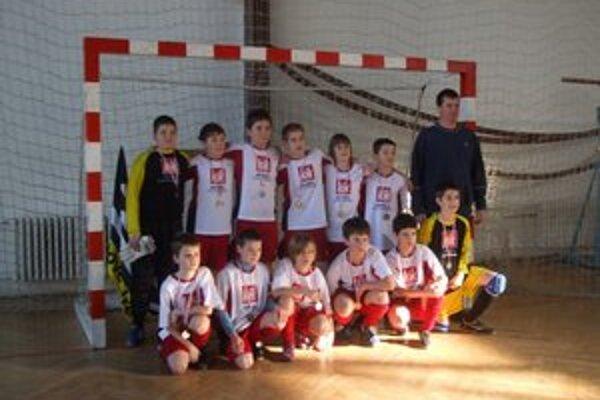 """""""Dvanástka"""" 1. HFC Humenné. Na turnaji """"FAMT 3b cup"""" v Prešove."""