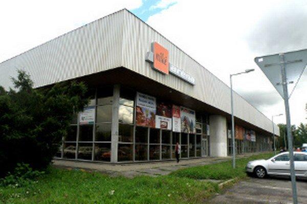 Športová hala patrí mestu, no niekoľko rokov ju spravovala súkromná spoločnosť.