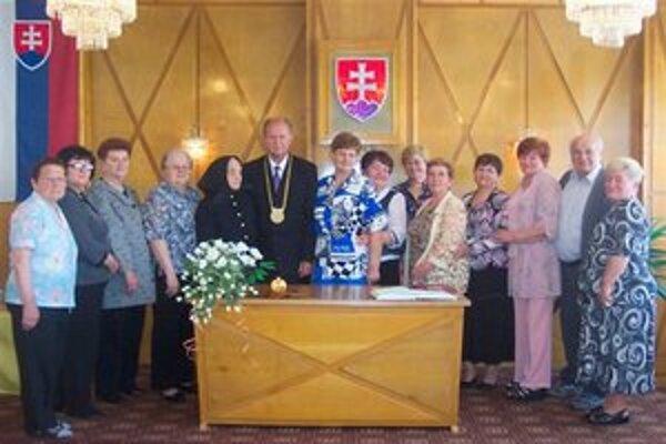 Jubilanti so starostom Tomášom Pastirákom.