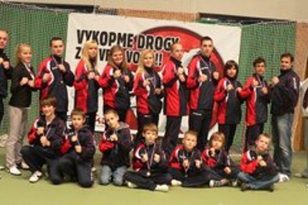 Black Tiger TKD Snina. Získal v Slovenskom pohári 2012 bronz.
