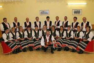 Členovia speváckej skupiny Ľubišanka. Usilovne na sebe pracovali, výsledkom je album, ktorý pokrstia 26. decembra.