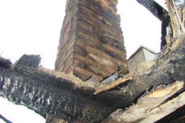 Realita. Majitelia rekonštruujú domy, no komínov sa ani nedotknú. Takto to môže dopadnúť.