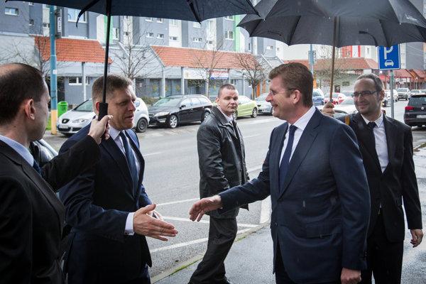 Zákazka Úradu vlády na propagačné predmety za takmer 40-tisíc eur je aj na 500 dáždnikov viacerých druhov.