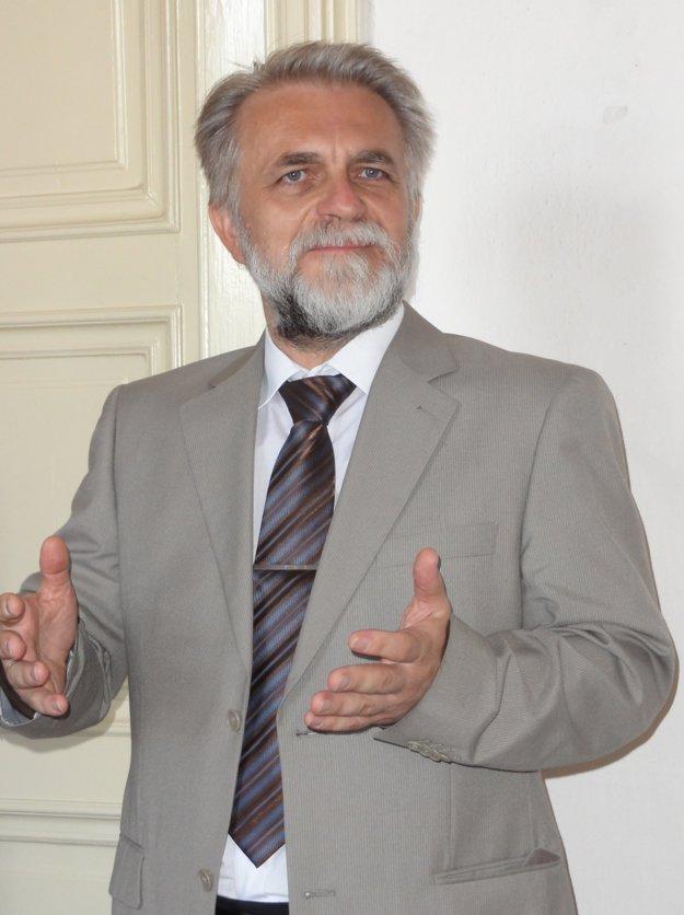 Autor fotografií Ján Zozuľak.