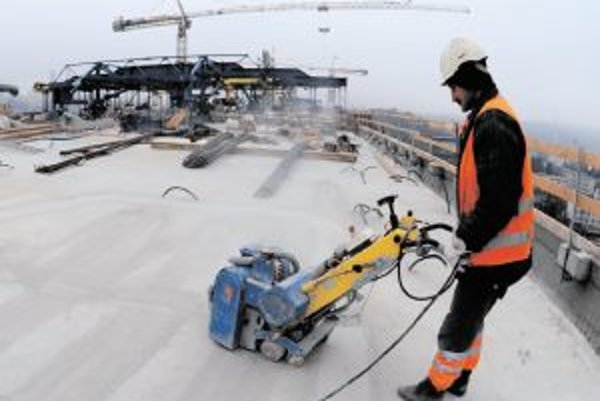 S číslami o výhodnosti PPP projektov pri stavbe diaľnic sa mohlo manipulovať.