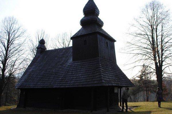 Kostolík v Ruskej Bystrej je zapísaný v Zozname svetového dedičstva UNESCO.
