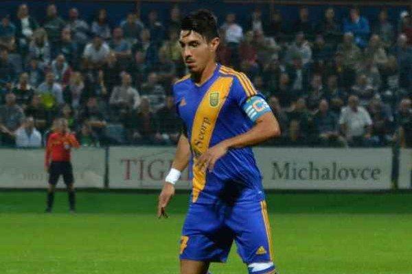 Marcos Calero Perez. Po vypršaní trestu dnes už môže hrať.