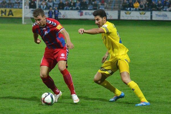 So senickým tímom sa rozišli zmierlivo. Michalovskí futbalisti remizovali na Záhorí 1:1.
