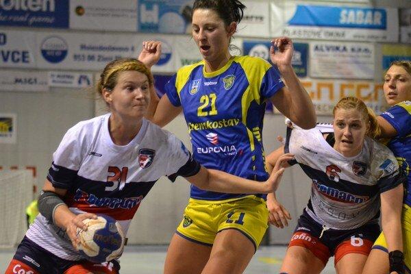 Prešovu sa vMichalovciach prekvapiť nepodarilo. Obhajca trofeje domáce prostredie využil na dve víťazstvá aje blízko kpostupu do finále.