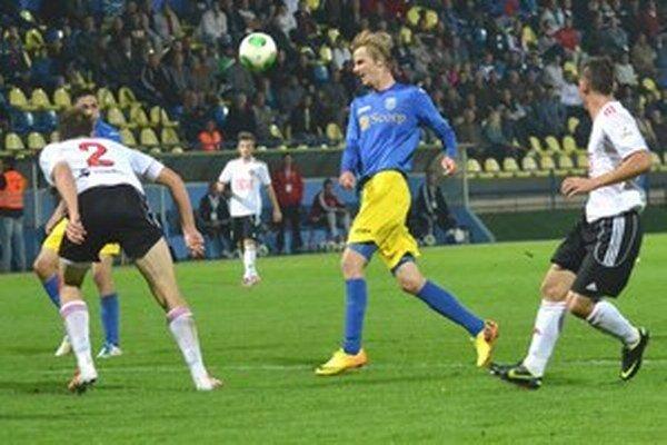 Michal Hamuľak vyzlečie žlto-modrý michalovský dres.