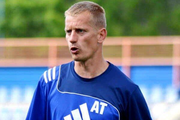 Ako asistent trénera A–mužstva. Do tejto funkcie ho vymenovali v júni.