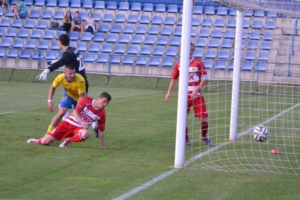 Jediný gól zápasu padol v 16. minúte z kopačky Koscelníka.