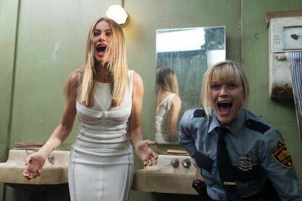 Divoká dvojka. Dve nebezpečné krásky na úteku. Akčnú komédiu premietne kino Slávia v Trebišove 4. a 7. júna o 19.30 hod.