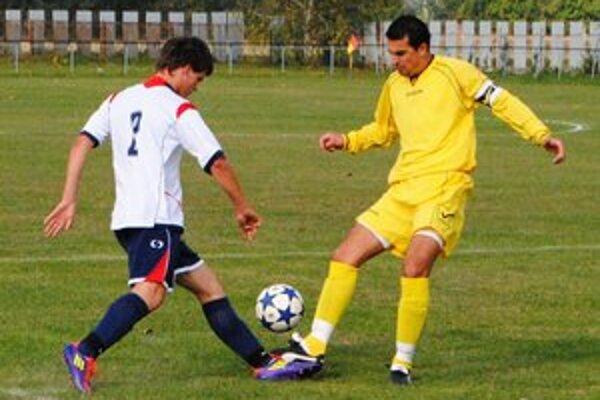 Kapitán Tomáš Nagy (vpravo). V Petrovciach strelil dva góly.