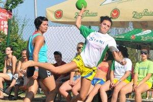 """""""Plážovka"""" od piatka do nedele. Iuventa Beach Cup 2013 opäť prinesie maratón duelov."""
