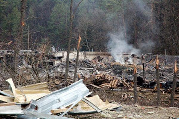 Výbuch vo VOP Novýky usmrtil osem ľudí a spôsobil veľké materiálne škody.