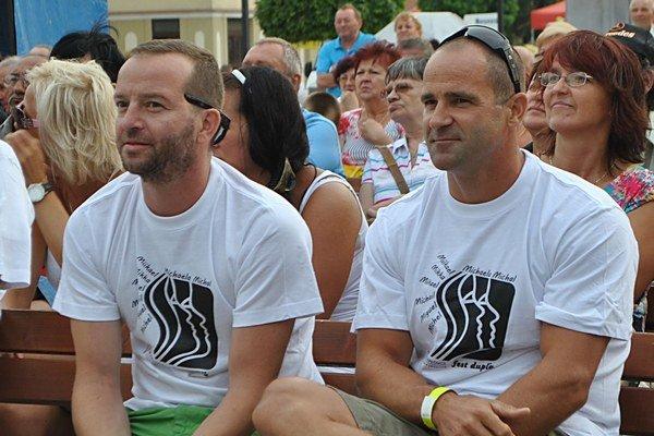 Do Michaloviec prišiel herec Michal Šoltés (vľavo) aj úspešný slovenský rýchlostný kanoista Michal Riszdorfer z Komárna.