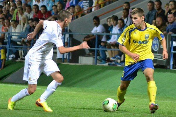 Strelil gól Realu Madrid. Jakub Straka (vpravo) na štvrtkový zápas nezabudne.