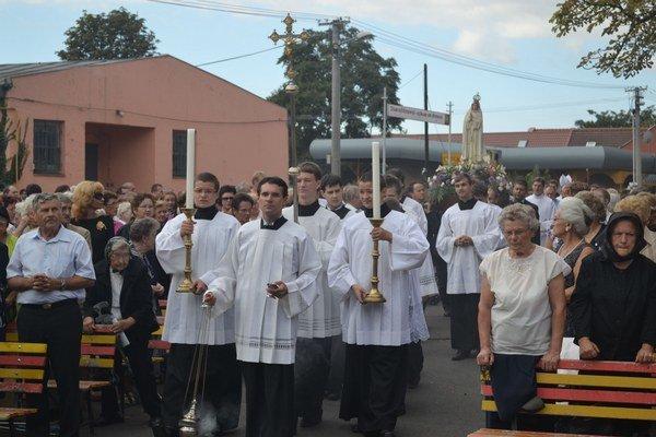Rímskokatolícka farnosť v Michalovciach. Miništranti a mládežníci natočili video, opisujúce aktivity a úlohu farnosti.