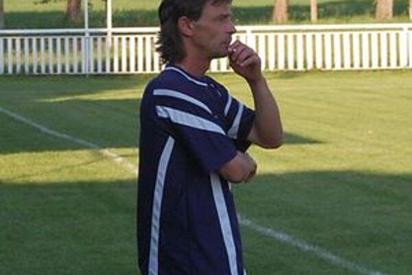 Vladimír Moroz. Tréner ôsmeho celku štvrtoligovej tabuľky.
