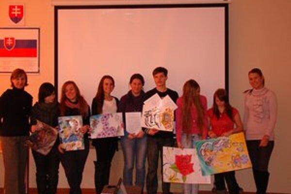 Súťaž Európa v škole. Študenti predviedli svoj talent.