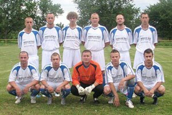 Víťazný tím Derby cupu. Na nultom ročníku triumfovali domáci Hatalovčania.