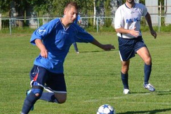 V nedeľu otváral skóre. Martin Kovalík (vľavo) skóroval už v 8. minúte.