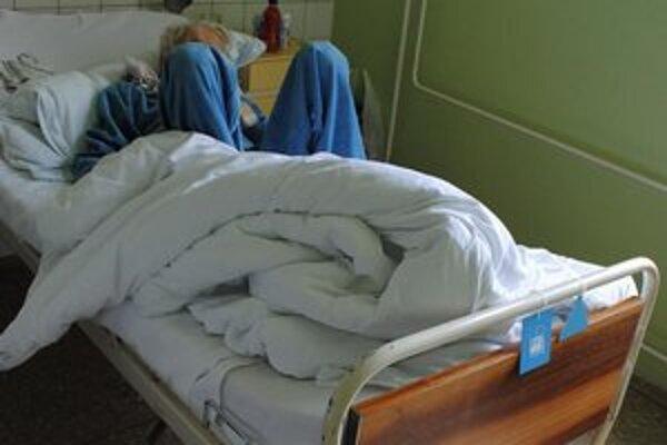 Lekári a zdravotné sestry z Nemocnice s poliklinikou Š. Kukuru v Michalovciach museli pred pár dňami riešiť kuriózny prípad.