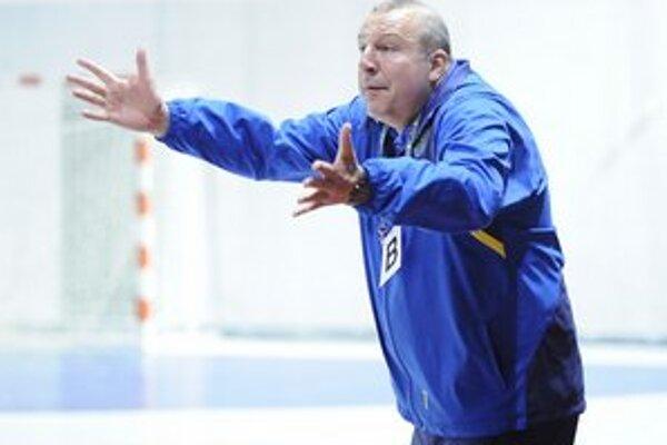 Tréner Iuventy Ján Packa. Verí, že družstvo podá lepší výkon ako naposledy.