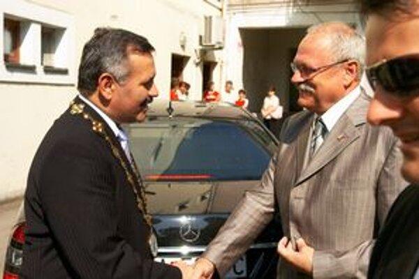 Viliam Záhorčák s prezidentom Ivanom Gašparovičom.