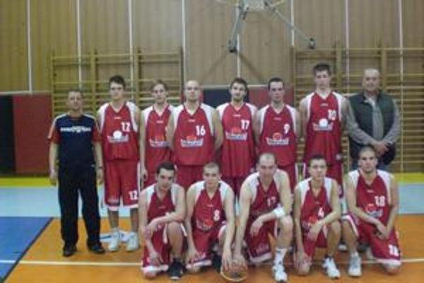 BK M-Basket Humenné. Cieľom sezóny je opäť účasť v play-off. sobota/sport/BK M-Basket HE 2009-10