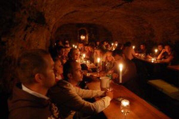 Degustácia vína u Macikovcov v Malej Tŕni.